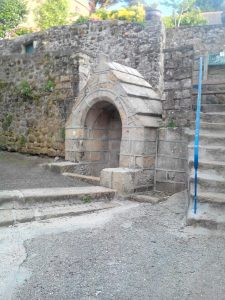 Audierne-Fontaine de Saint-Raymond