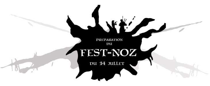 Préparation du Fest-Noz du 14 juillet à Esquibien